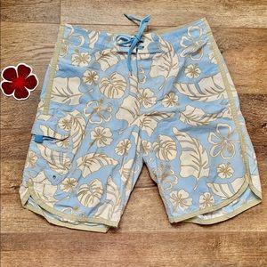Gap Board Shorts 🏄